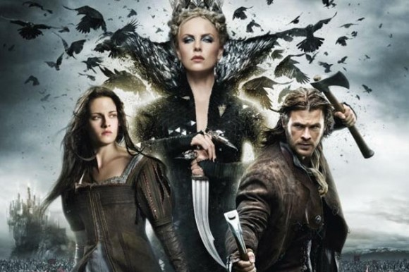 Kristen Stewart, Charlize Theron and Chris Hemsworth in Snow White and the Huntsman